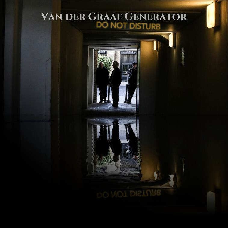van-der-graaf-generator-do-not-disturb-artwork
